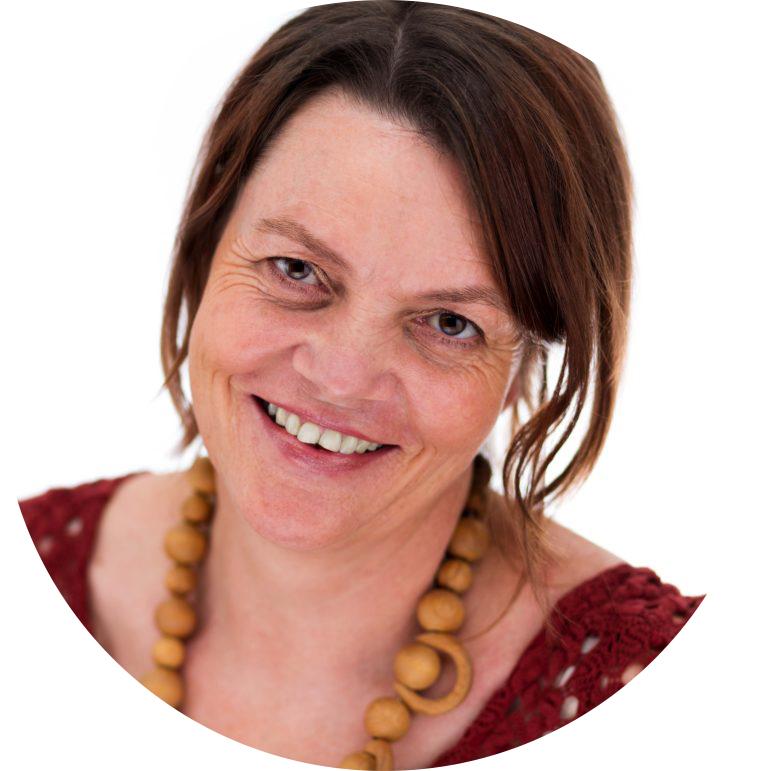 Less Mess Professional Organiser, Susanne Thiebe Portrait