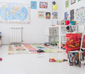 Image of a messy kids room -Life Hacks for the busy mom